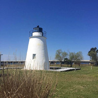106/365. The perks of having clients all over the state of Maryland ~ I get to see some awesome sights. Stopped at this pretty lighthouse for lunch. #Markel365 #familyfriends365 #lighthouse by markell